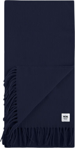 Karlo scarf