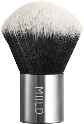 01 Kabuki Brush