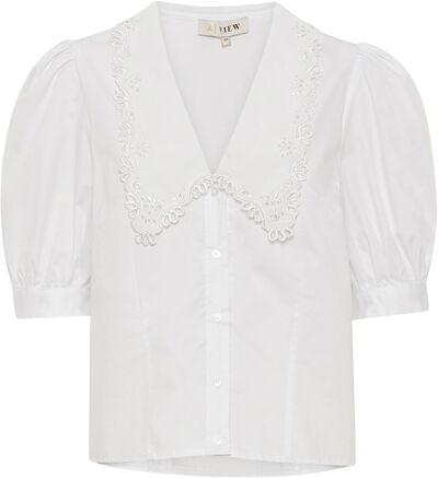 Riaka ss shirt