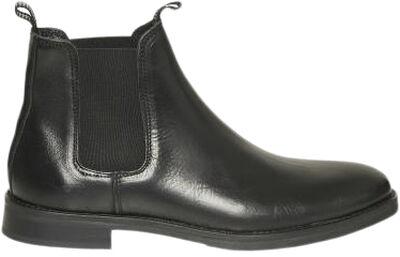 Arto Boot