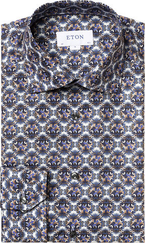 Bold medallion print shirt Contemporary fit