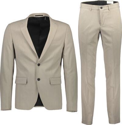 Suit med let stretch