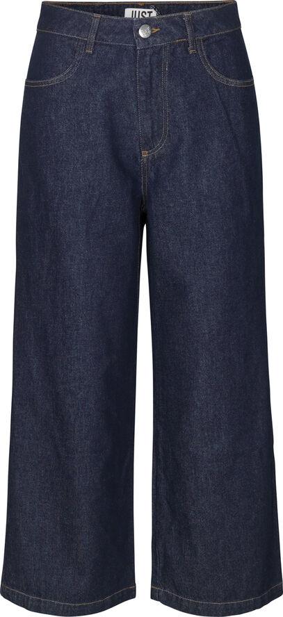 Calm blue jeans