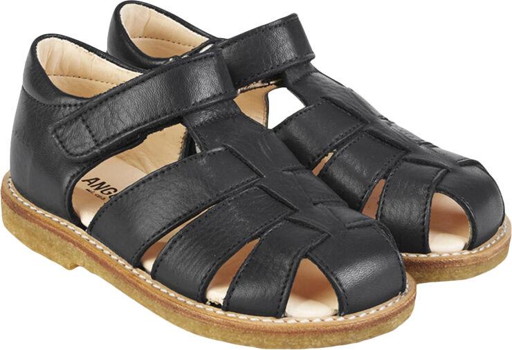 Sandal m. lukket tå