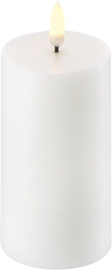 UYUNI Lighting - LED Pillar Candle - Nordic White - 5,8 x 10