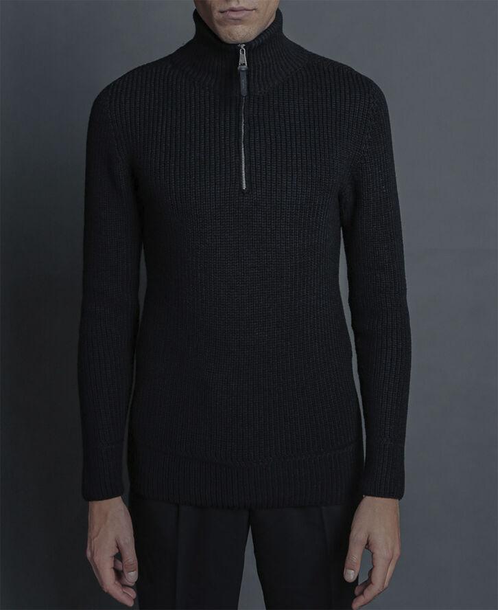 Turtleneck knitwear