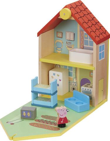 Peppa's Wood Play Family Home