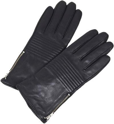 Mila Glove