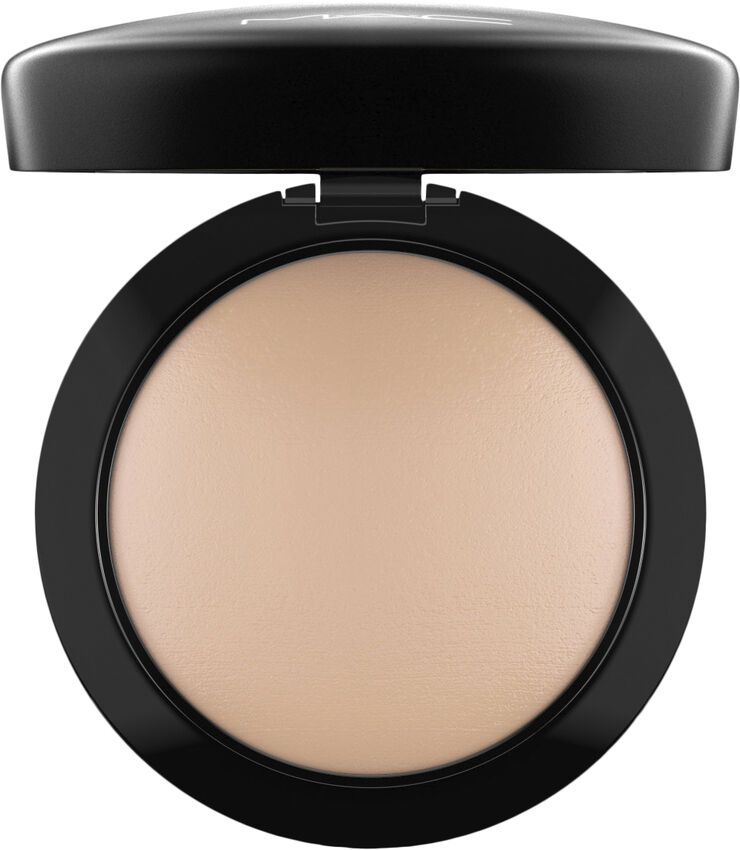 Mineralize Skinfinish/Natural, Medium Plus