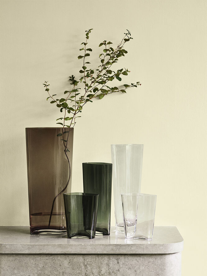 Collect Vase SC38, Smoke. H60xB28xD