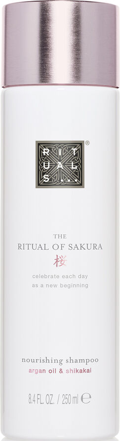 The Ritual of Sakura Shampoo