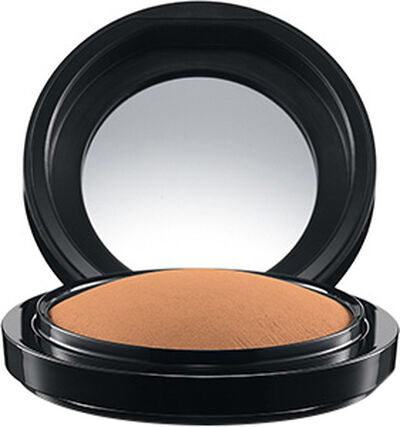 Mineralize Skinfinish/Natural, Medium
