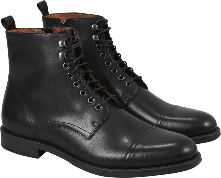 Boots formal
